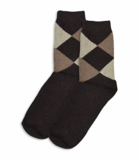 جوراب پشمی ساقدار طرح لوزی قهوهای