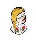 پین Hiuman طرح دختر مو طلایی