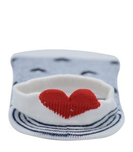 جوراب قوزکی پشت قلب دار طرح راه راه و قلب سفید سرمهای
